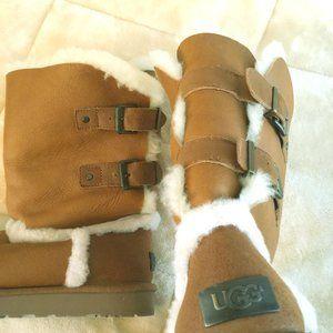 UGG Women Boots